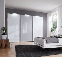 Nolte Marcato2.2 - Version 2 Sliding Wardrobe with 3 Horizontal Lattice Bar and Partial Glass