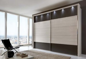 Wiemann Hollywood 4 Sliding Wardrobe with Lines 1 and 5 in Highlight Colour