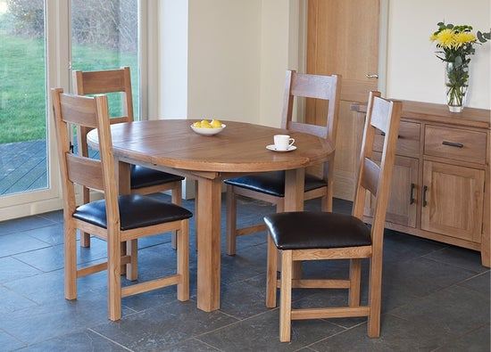 Hampshire Oak Round Extending Dining Table
