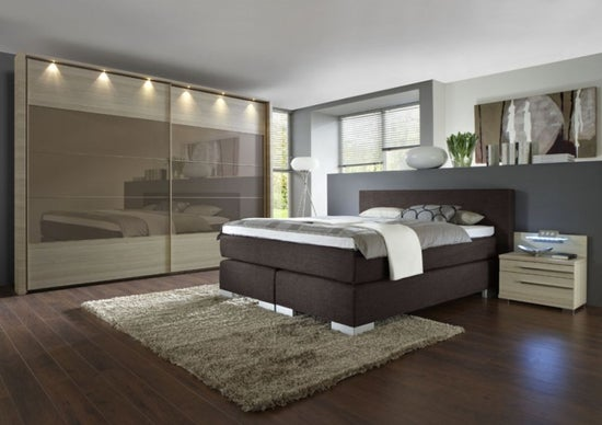 Wiemann Hollywood 4 Sliding Wardrobe with Lines 2 and 3 and 4 in Highlight Colour